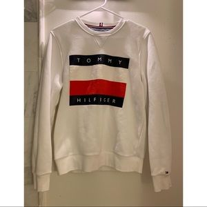LIKE NEW Tommy Hilfiger Pullover